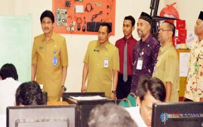Pelaksanaan UNBK 2016 SMKS RAJASA